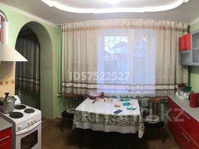 5-комнатный дом, 200 м², 12 сот., Урунтаева за 33 млн 〒 в Усть-Каменогорске — фото 5