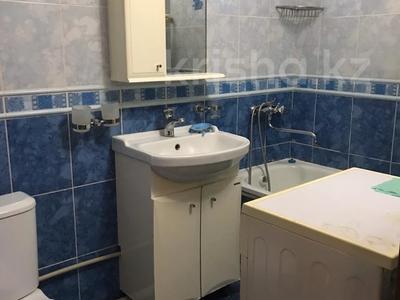 2-комнатная квартира, 52 м², 1/5 этаж помесячно, 7-й мкр, 7 мкр 22 за 80 000 〒 в Актау, 7-й мкр — фото 4
