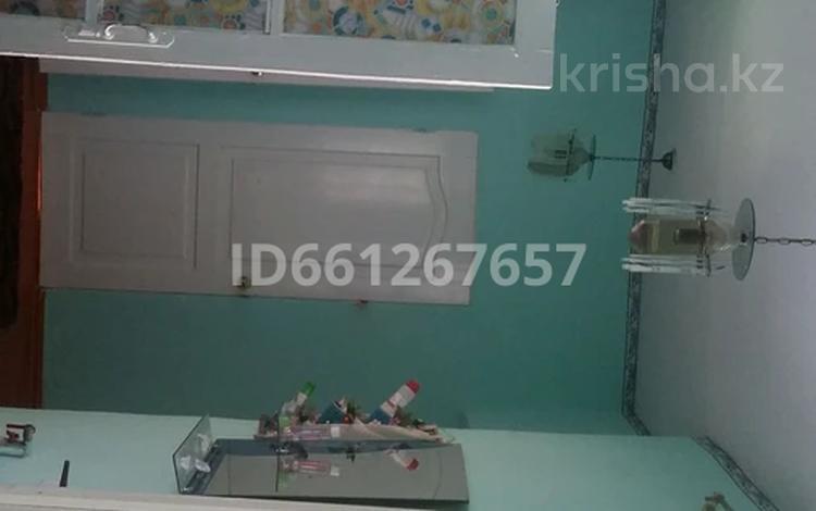 5-комнатный дом, 87 м², 6 сот., Переулок Генерала Дуйсебаева 32 — Ташкентская жельтоксан за 18 млн 〒 в Таразе