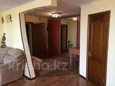 2-комнатная квартира, 80 м², 5/5 этаж посуточно, Глинина 44 за 8 000 〒 в Кокшетау