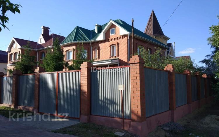 5-комнатный дом, 320 м², 5 сот., Нурсултана Назарбаева за 45 млн 〒 в Костанае