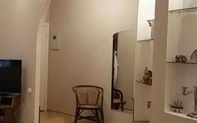 2-комнатная квартира, 72 м², 1 этаж посуточно, Торайгырова 77 — 1 Мая за 8 500 〒 в Павлодаре