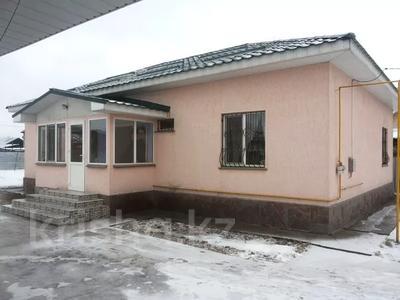 4-комнатный дом, 135 м², 10 сот., Тәуелсіздік 129 за 23 млн 〒 в Коксай (пути Ильича)