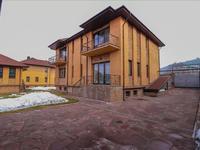 10-комнатный дом, 1000 м², 20 сот.
