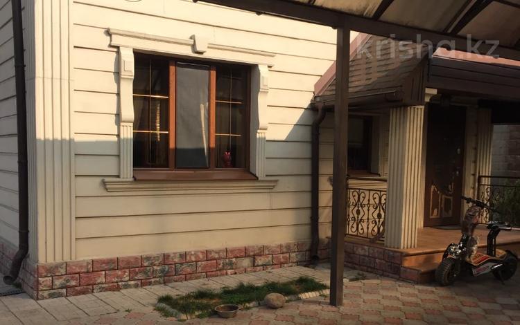 4-комнатный дом, 134 м², 6.4 сот., Папанина — Кожедуба за 70 млн 〒 в Алматы, Турксибский р-н