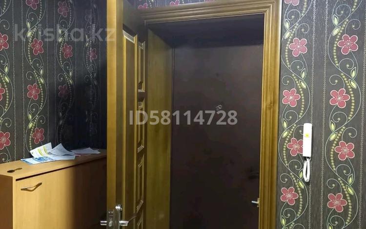 2-комнатная квартира, 54 м², 2/5 этаж, Панфилова 139 за 15 млн 〒 в Семее