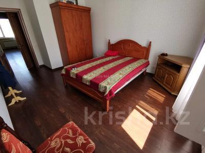 2-комнатная квартира, 60 м², 7/8 этаж, Кабанбай Батыра за 28.9 млн 〒 в Нур-Султане (Астана), Есиль р-н — фото 9