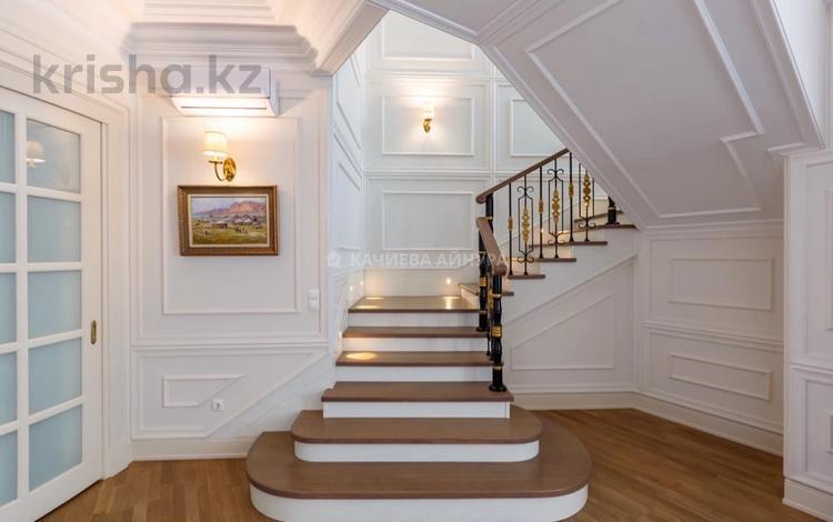 8-комнатная квартира, 380 м², 21/22 этаж, Абылай хана за 365 млн 〒 в Алматы, Алмалинский р-н