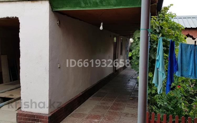 6-комнатный дом, 160 м², 8 сот., Маншук Маметовой 15 за 25 млн 〒 в Казцик