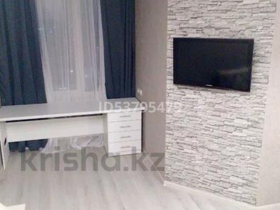 2-комнатная квартира, 45 м², 22/27 этаж по часам, улица Немировича-Данченко 150 за 2 000 〒 в Новосибирске — фото 3