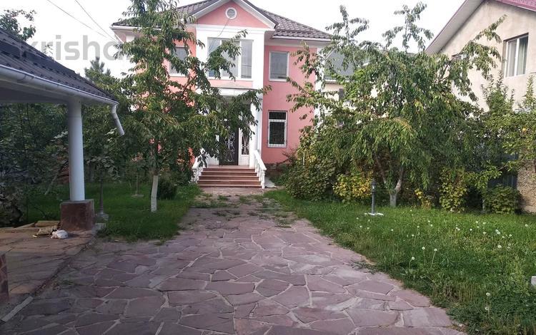 6-комнатный дом помесячно, 330 м², 8 сот., мкр Алатау, Болжан Болтириковой за 450 000 〒 в Алматы, Бостандыкский р-н