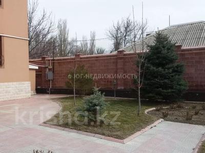 6-комнатный дом, 500 м², 11 сот., Комратова за 98 млн 〒 в Таразе