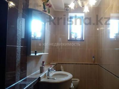 6-комнатный дом, 500 м², 11 сот., Комратова за 98 млн 〒 в Таразе — фото 2