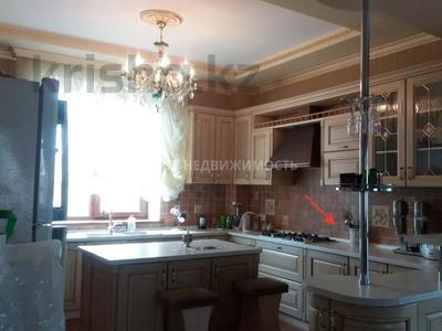 6-комнатный дом, 500 м², 11 сот., Комратова за 98 млн 〒 в Таразе — фото 4