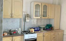 1-комнатная квартира, 50 м², 3/9 этаж помесячно, мкр. Алмагуль 5 за 70 000 〒 в Атырау, мкр. Алмагуль
