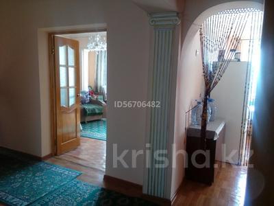 2-комнатная квартира, 58 м², 9/12 этаж, мкр Сайран, Мкр. Сайран 120 — Кабдолова за 24 млн 〒 в Алматы, Ауэзовский р-н