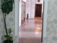 10-комнатный дом, 220 м², 220 сот.