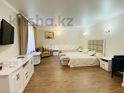11-комнатный дом посуточно, 1000 м², Green Village за 15 000 〒 в Бурабае — фото 39