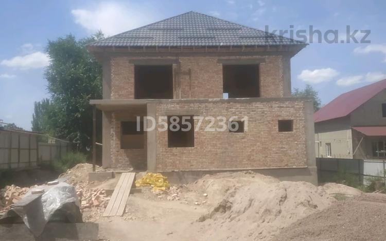 8-комнатный дом, 230 м², 10 сот., Алжан ана — Отеген батыр за 20.5 млн 〒 в в селе Шамалган