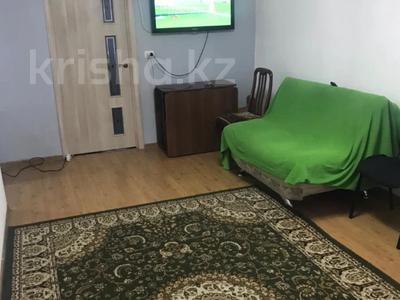 3-комнатная квартира, 60 м², 1/5 этаж, мкр Тастак-1 за 25 млн 〒 в Алматы, Ауэзовский р-н