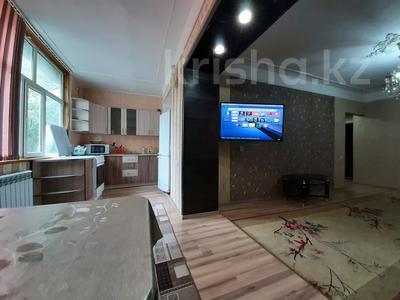 2-комнатная квартира, 50 м², 3/5 этаж посуточно, Абая 163 — Байзак батыра за 9 000 〒 в Таразе — фото 5