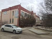 Здание, площадью 1298 м²