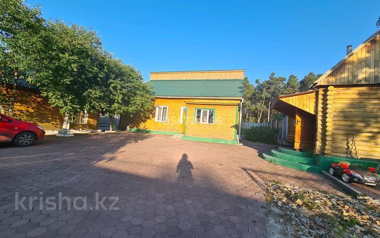 5-комнатный дом посуточно, 250 м², Горького 84а за 120 000 〒 в