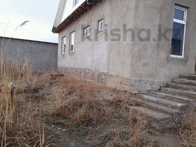 7-комнатный дом, 200 м², 6 сот., Арай 12 за 15 млн 〒 в Таразе