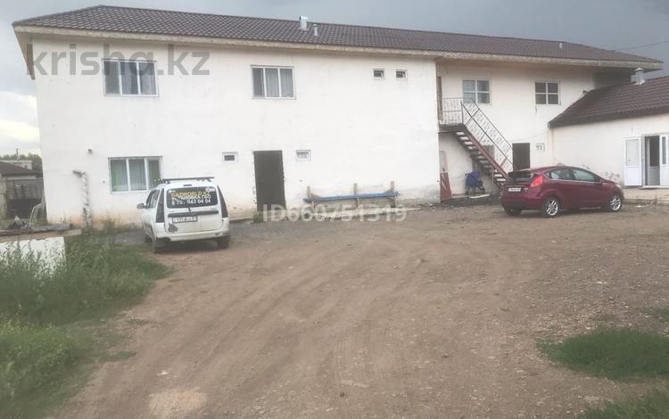 10-комнатный дом, 373 м², 10 сот., Ашутас 17 за 42 млн 〒 в Нур-Султане (Астане), Алматы р-н