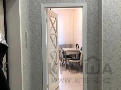 2-комнатная квартира, 71 м², 9/10 этаж, Ахмета Байтурсынова за 31 млн 〒 в Нур-Султане (Астане), Алматы р-н