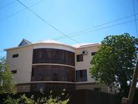 Здание, площадью 751 м²