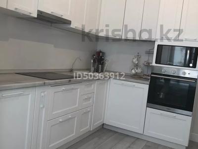 2-комнатная квартира, 65 м², 9/10 этаж, Мухамедханова 13 за 28 млн 〒 в Нур-Султане (Астана), Есильский р-н