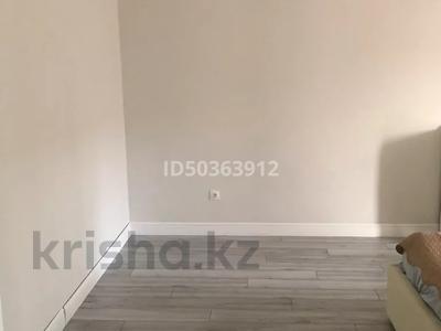 2-комнатная квартира, 65 м², 9/10 этаж, Мухамедханова 13 за 28 млн 〒 в Нур-Султане (Астана), Есильский р-н — фото 8