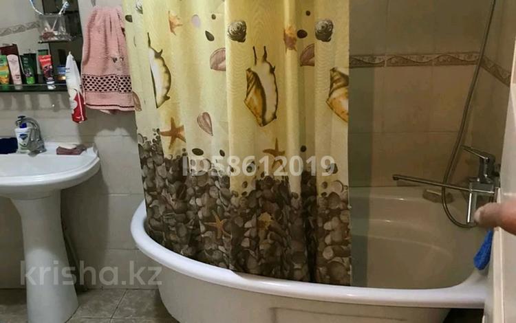 3-комнатный дом, 65 м², 11.401 сот., мкр Достык 10 — Абая за 40 млн 〒 в Алматы, Ауэзовский р-н