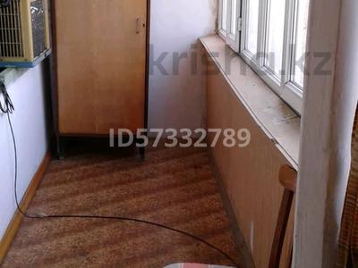 2-комнатная квартира, 55 м², 4/5 этаж помесячно, 21 мкр 8 за 70 000 〒 в Шымкенте, Аль-Фарабийский р-н — фото 3