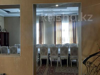 7-комнатный дом посуточно, 400 м², 12 сот., Абая 82 — Кирова за 60 000 〒 в Таразе — фото 26