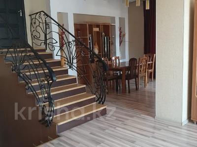 7-комнатный дом посуточно, 400 м², 12 сот., Абая 82 — Кирова за 60 000 〒 в Таразе — фото 8