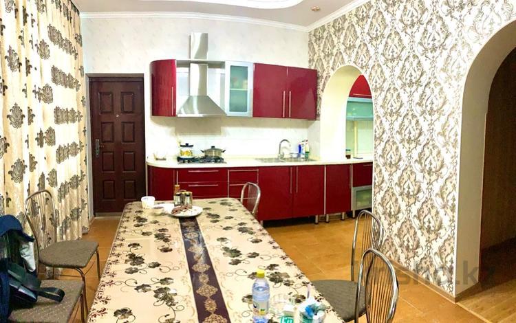 4-комнатный дом, 177 м², 3.2 сот., Базарбаева — Порт-Артурская за 39.7 млн 〒 в Алматы, Медеуский р-н