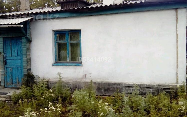 3-комнатный дом, 57.4 м², 6 сот., Четская 8 за 13 млн 〒 в Караганде, Казыбек би р-н