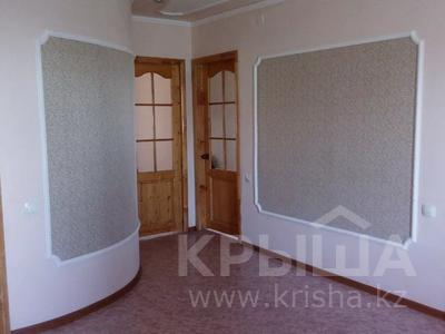 6-комнатный дом, 200 м², 13 сот., Гейне 8 — Сатпаева за 16.5 млн 〒 в Кокшетау — фото 8