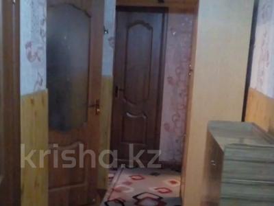 2-комнатная квартира, 52 м², 2/5 этаж, мкр Аксай-3Б, Толе би — Яссауи за 17.5 млн 〒 в Алматы, Ауэзовский р-н — фото 3