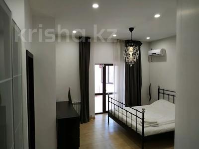 4-комнатная квартира, 160 м², 1/3 этаж помесячно, Жанибекова 92 за 270 000 〒 в Караганде, Казыбек би р-н — фото 18