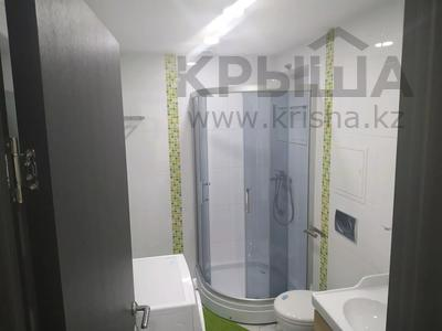 4-комнатная квартира, 160 м², 1/3 этаж помесячно, Жанибекова 92 за 270 000 〒 в Караганде, Казыбек би р-н — фото 3