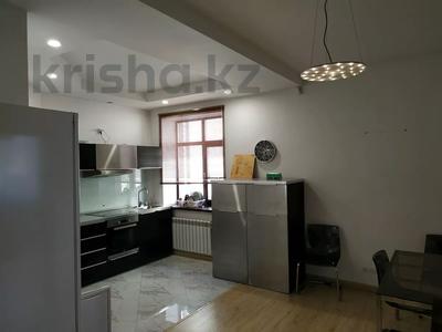 4-комнатная квартира, 160 м², 1/3 этаж помесячно, Жанибекова 92 за 270 000 〒 в Караганде, Казыбек би р-н — фото 8