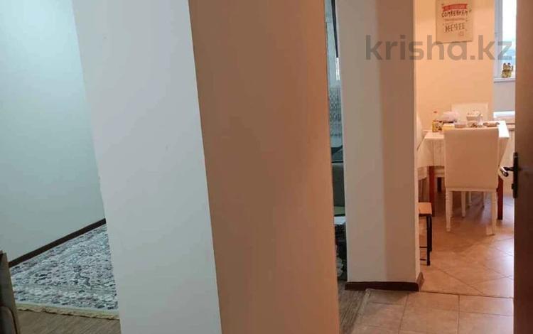 2-комнатная квартира, 48.8 м², 3/3 этаж, Мкр Мамыр за 18.5 млн 〒 в Алматы, Ауэзовский р-н