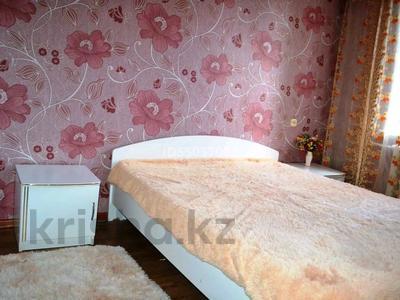 4-комнатная квартира, 89 м², 1/5 этаж посуточно, Советская улица 20 за 15 000 〒 в Бурабае