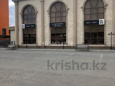Здание, Кенжебай Маденова 9а площадью 500 м² за 3 млн 〒 в Атырау — фото 2