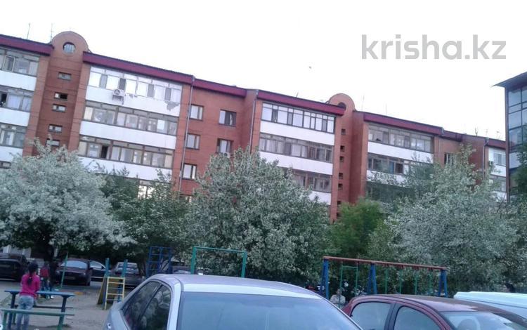 2-комнатная квартира, 79 м², 1/5 этаж, Мустафина — Абылай хана за 25 млн 〒 в Нур-Султане (Астана), Алматы р-н