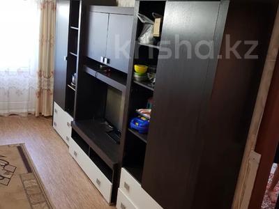 3-комнатная квартира, 62 м², 4/5 этаж помесячно, Самал за 80 000 〒 в Талдыкоргане — фото 2