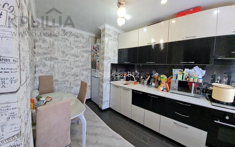 3-комнатная квартира, 65 м², 1/9 этаж, 20-й микрорайон за 18.9 млн 〒 в Петропавловске